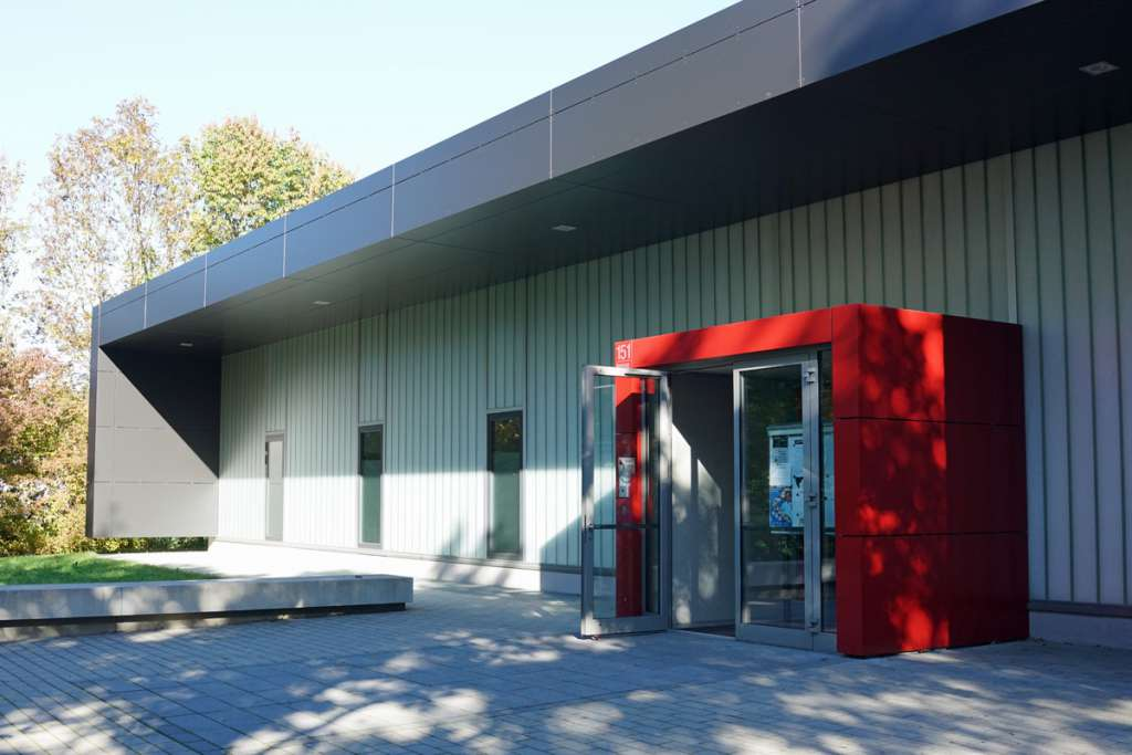 TSV Solln Sporthalle Eingang